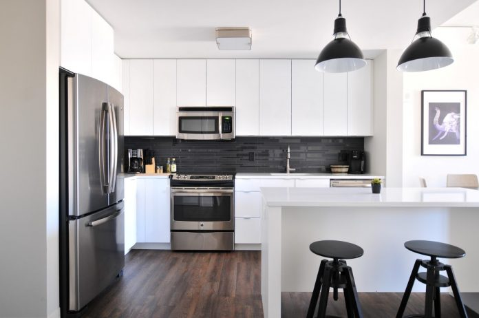 רעיונות לחיסכון במקום במטבחים קטנים