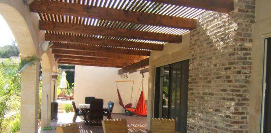 מוצרי עץ לגינה – עולם שלם של אפשרויות עיצוביות מדהימות ומעניינות